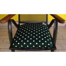 Pöttyös sötét zöld alapú kötős ülőpárna 38 x 41 x 5 cm